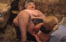 Grandma and a young chick in a pussy licking session